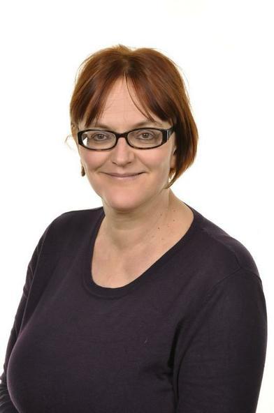 Mrs B Pritchard