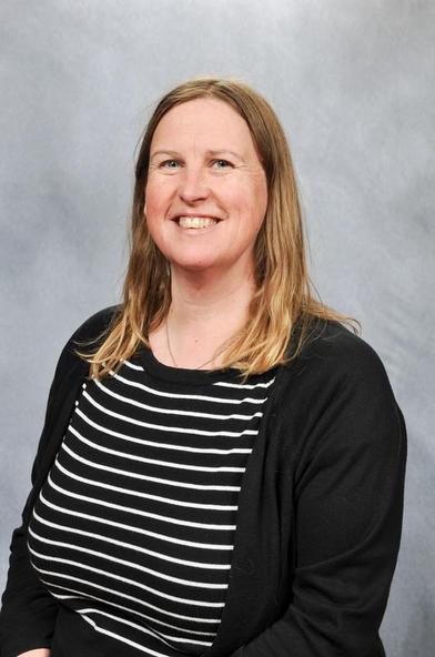 Mrs Hore - Robins Teacher