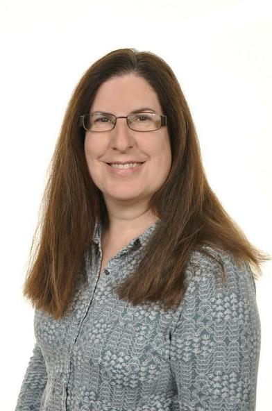 Ms M Thomas - Art Lead