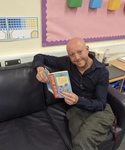 Mr Thomas enjoying George's Marvellous Medicine 🧪