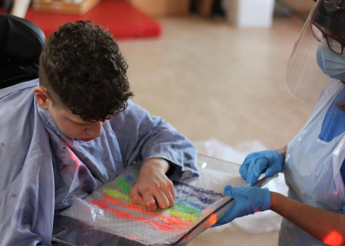 Joel enjoyed mixing the colours in the bubblewrap