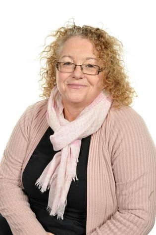 Mrs H. Powell (Class Teacher)