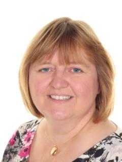 Mrs Turner (PA to the Headteacher & Admin)