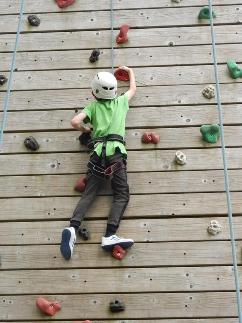 Challenging yourself - setting goals during climbing at the Residential.