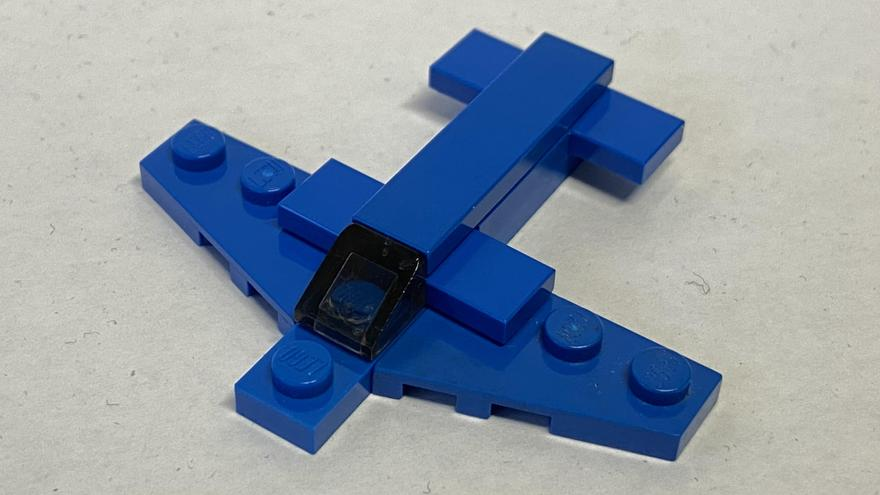 8 piece aeroplane