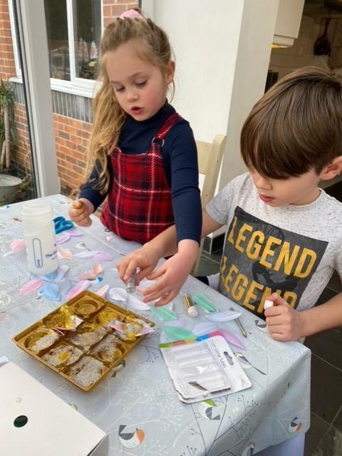 Preparing ice decorations