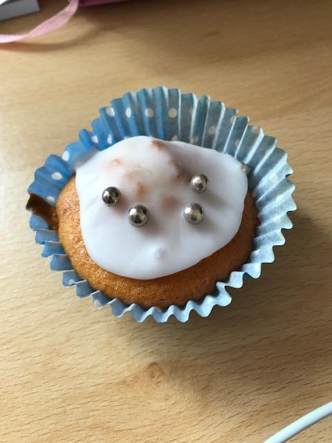 Chocolate chip fairy cakes