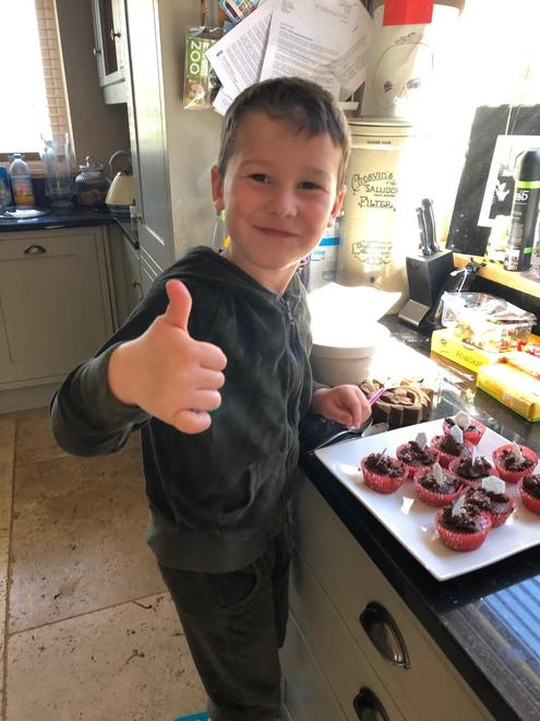 Thumbs up for baking cakes