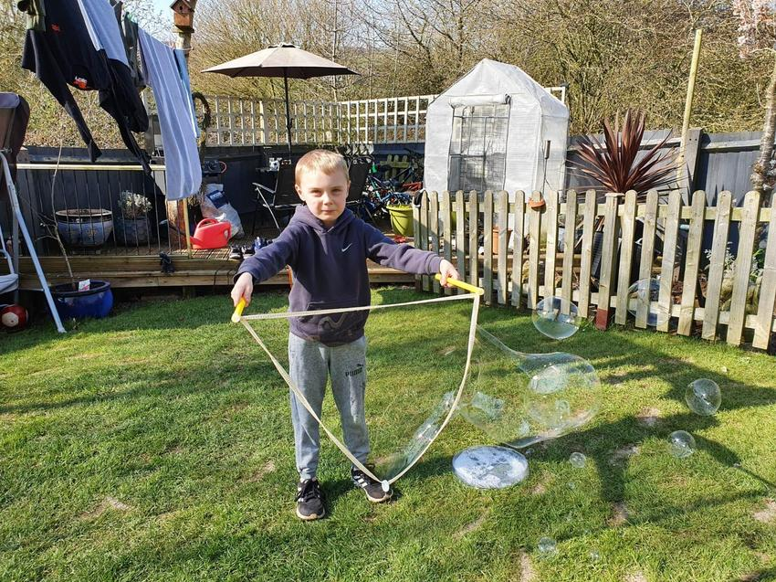 Wow! Giant bubbles Charlie!