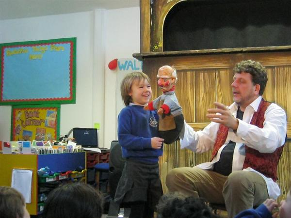 Meeting the puppets