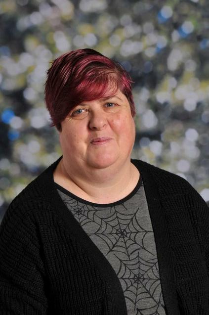 Julie Harris, MDSA