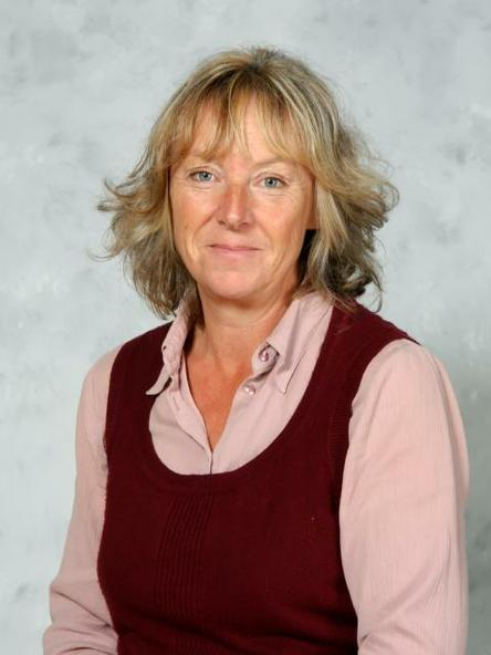 Mrs Sally Chandler - HLTA