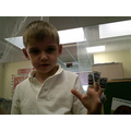 I am learning to show quantities on my fingers