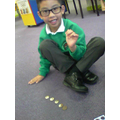 I can count 1p and 2p coins to find a total