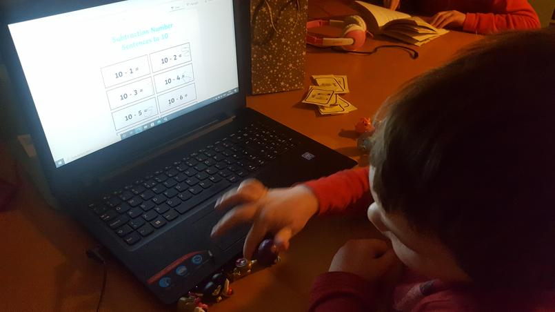 Moshi Monsters subtraction