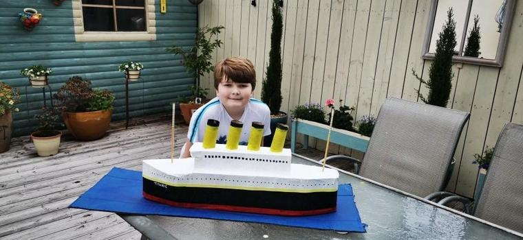Harri and his finished model