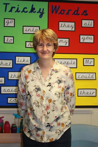 Mrs. Lunn is the class teacher Mon-Wed am.