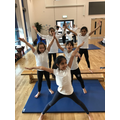 Making symetrical shapes in gymnastics