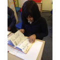 Using a thesaurus to improve our vocabulary