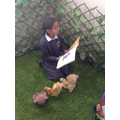 Mehek reading to the reading bears