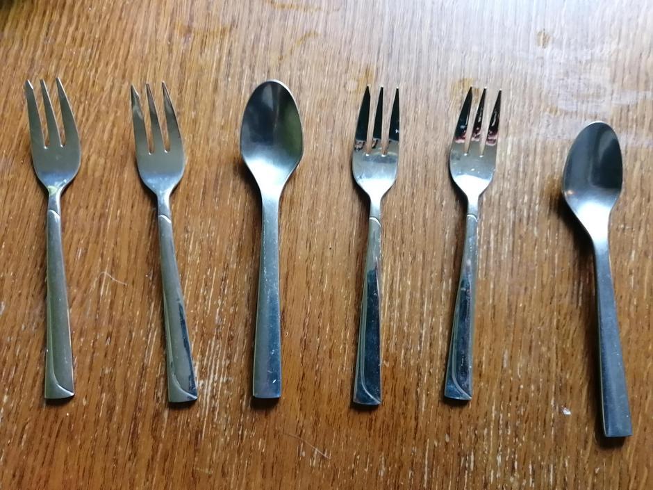 AAB, AAB or fork, fork spoon, fork fork spoon