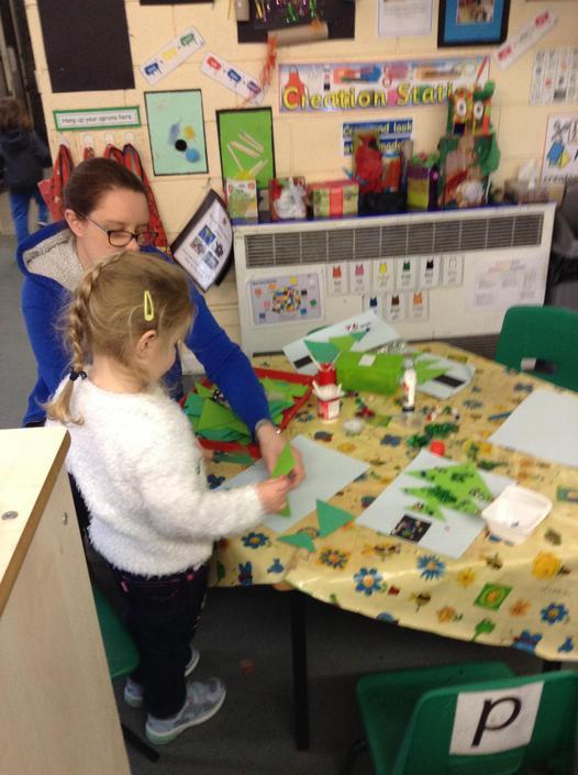 Creating & decorating Christmas trees