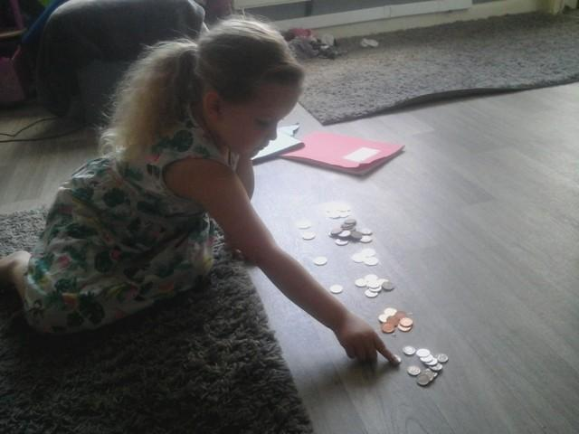 BS sorted coins from big to small