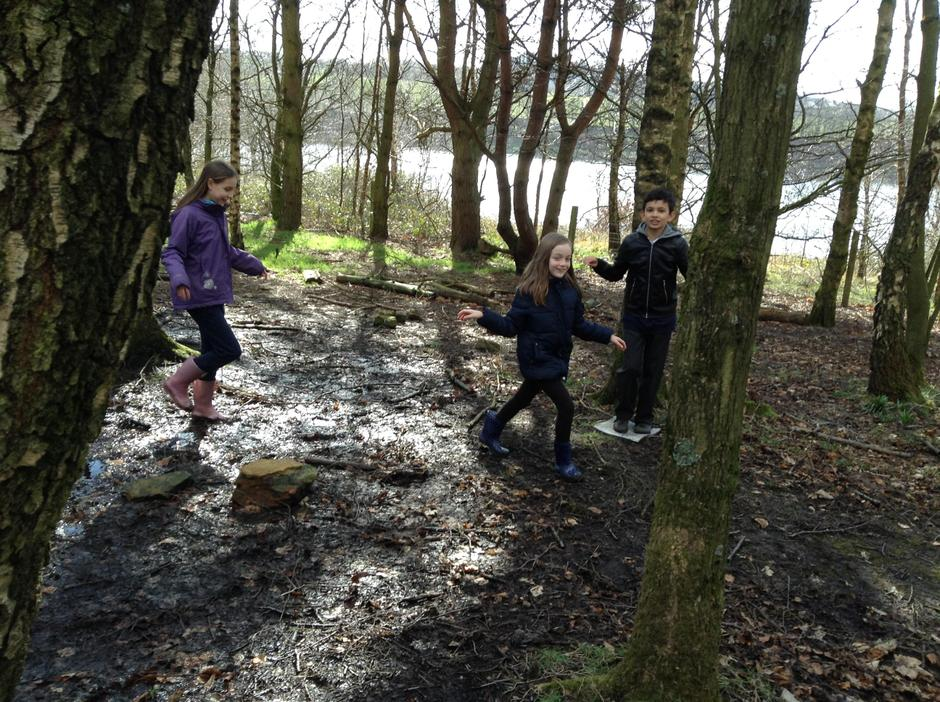 A muddy walk back for lunch
