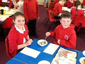 Oak Class children enjoying their spring rolls!