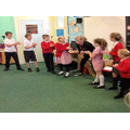 Sycamore children getting into character