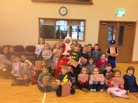 Holly Class meeting Santa.