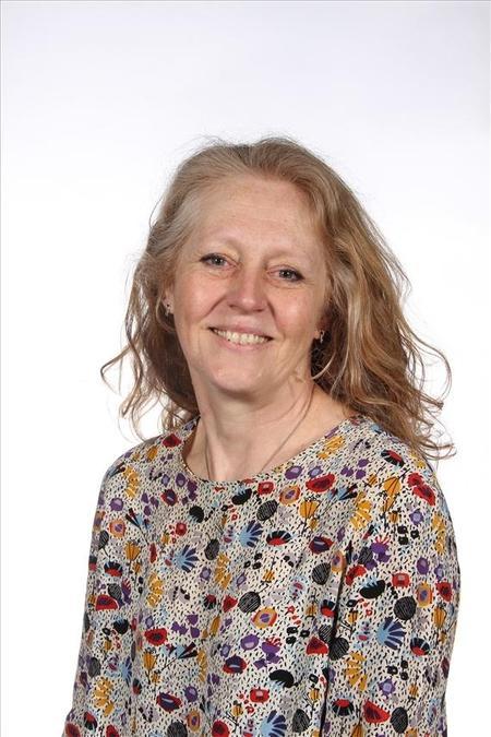 Mrs R. Marsh, Teaching Assistant