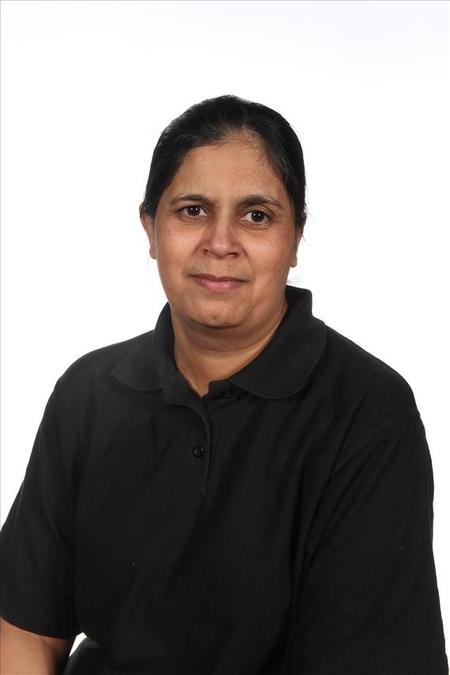 Mrs N. Kaur, Kitchen Assistant