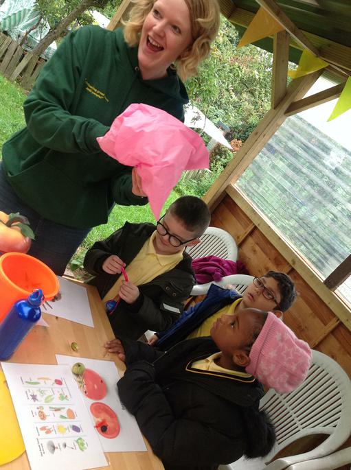 Making a parachute for the air seed