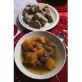 Traditional Roman stew with handmade bread