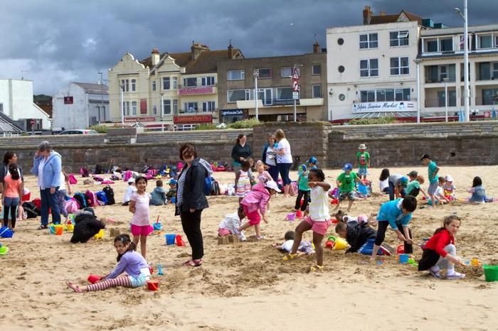 KS1/EYFS visit to the seaside