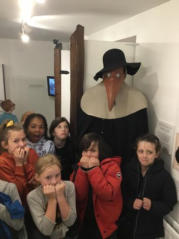 Meeting the plague doctor!