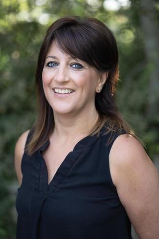 Lisa Baker, Teaching Assistant