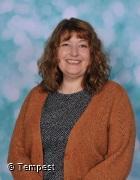 Mrs Marucci - Oak Class Teaching Assistant/ HLTA