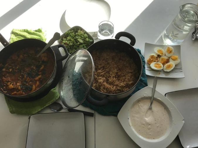 Zayn's cooked a tasy meal for his family