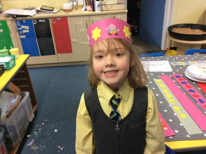 Spring hats with repeating maths patterns