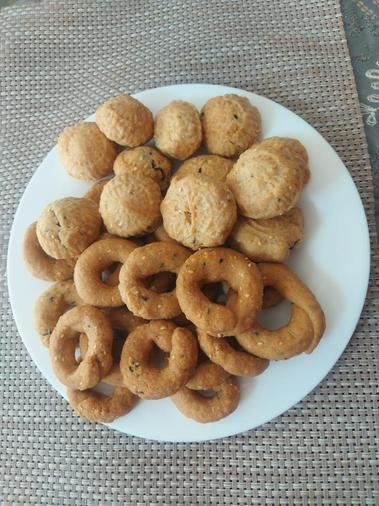 Traditional Syrian biscuits
