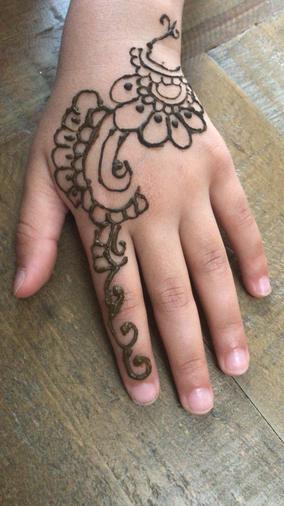 Alisha's henna patterns - beautiful