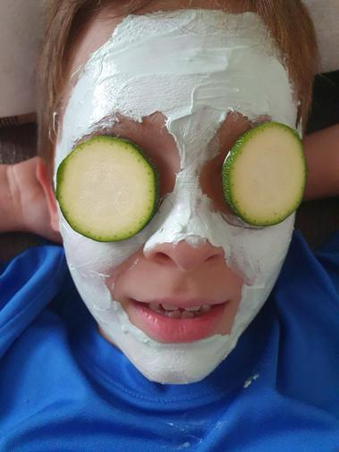 Thomas' spa day OR is he an alien now?