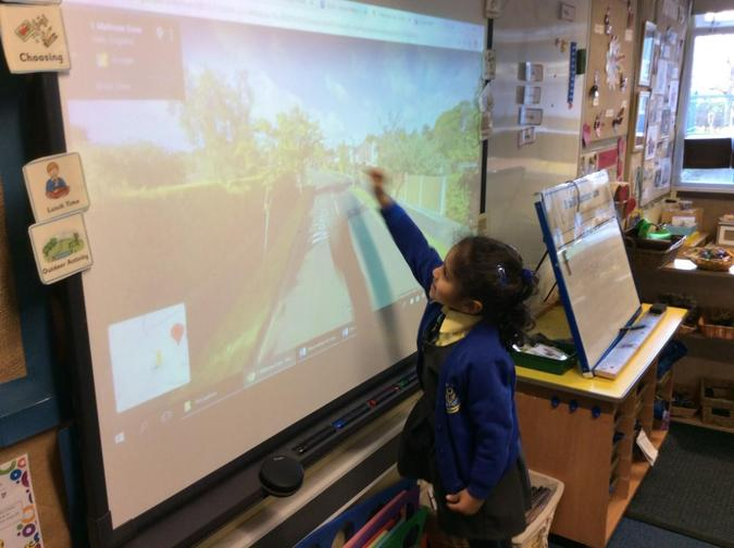 Going on a virtual walk and spotting different types of houses using Google Maps