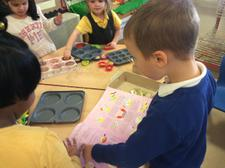 The children loved making extra special cakes by adding gold and silver glitter. 2