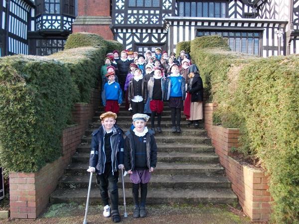 Outside the Tudor mansion!