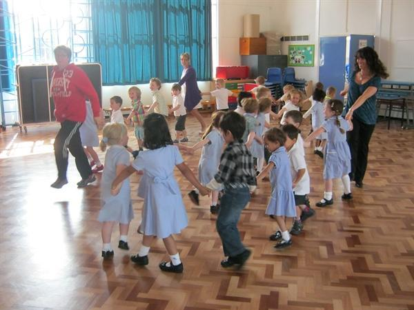French dancing during Arts Week