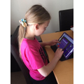 Chloe's making sure the girls win on TT Rockstars!