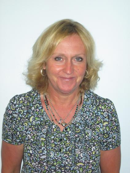 Ms Lindsey Dawson Higher Level Teaching Assistant